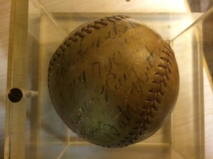 Babe Ruth 700 HR Thank you Ball